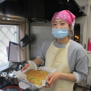 鈴木厨房職員
